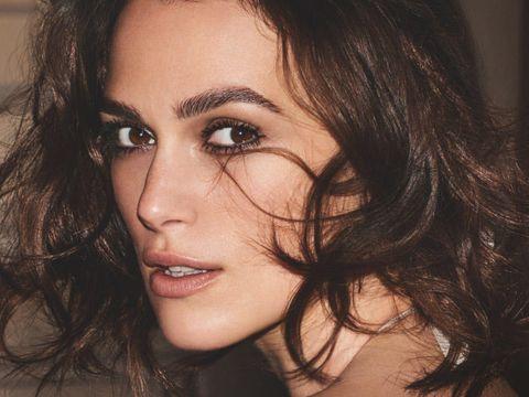 Face, Hair, Eyebrow, Nose, Beauty, Chin, Lip, Hairstyle, Cheek, Forehead,