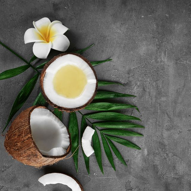 6 Health Benefits of Organic Coconut Oil, According to an Expert