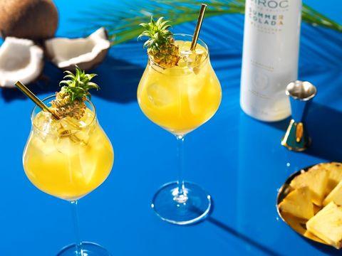 una receta de cocktail con vodka fácil y original