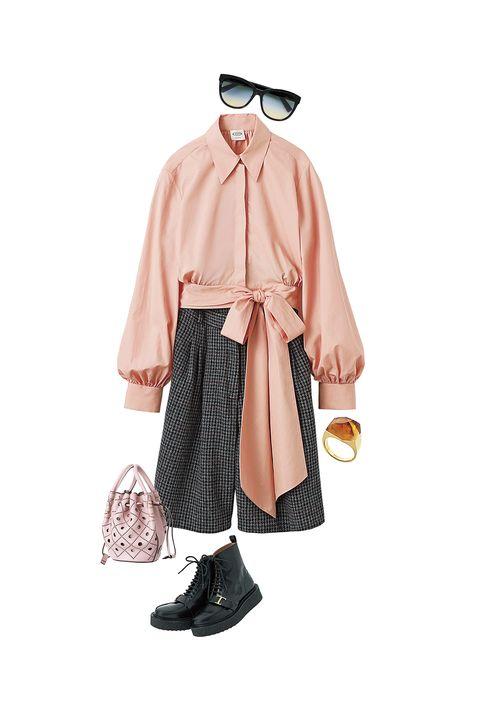 トッズのブラウス、パンツ、バッグ、靴、サングラス、ボロロのリング