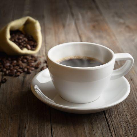 drinking coffee boosts metabolism