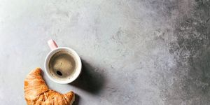 should you drink coffee before you run?