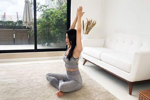 手臂瘦不下來怎麼辦?瑜珈老師示範3個有感「手臂運動」改善副乳、掰掰肉