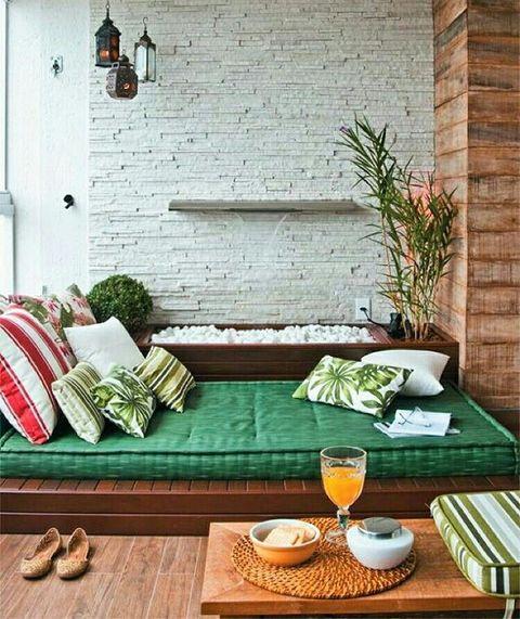 Meditar en casa excellent la cama la mujer los jvenes la meditacin interior en casa recreacin - Meditar en casa ...