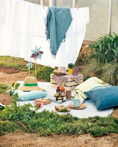 Pícnic en el jardín