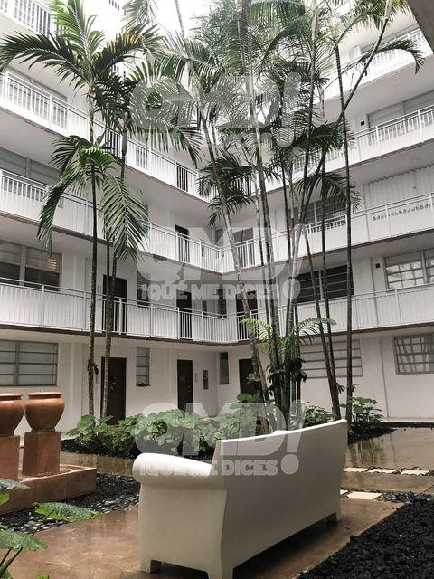 Fotos de la nueva casa de Colate y su novia, Azahara Margón, en Miami