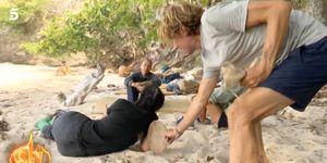 Colate salva a Dakota de una tarántula en 'Supervivientes'