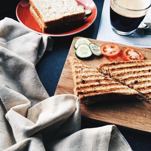 Food, Dish, Cuisine, Ingredient, Breakfast, Crisp bread, Comfort food, Recipe, Gluten, Baked goods,