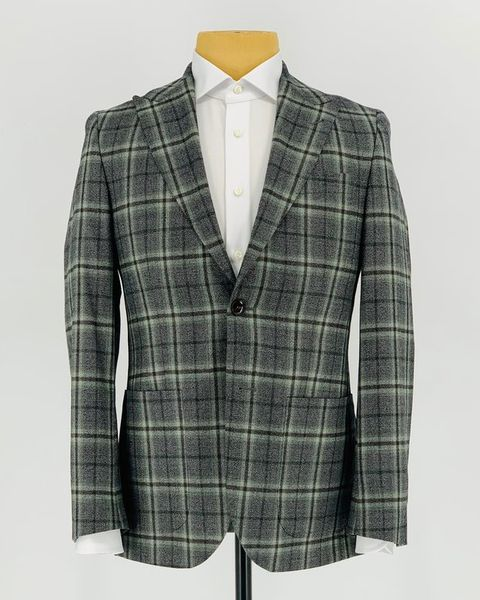 Clothing, Outerwear, Pattern, Plaid, Tartan, Blazer, Jacket, Suit, Design, Collar,
