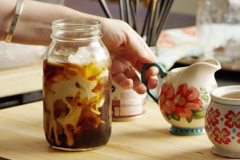 cold brew in mason jar