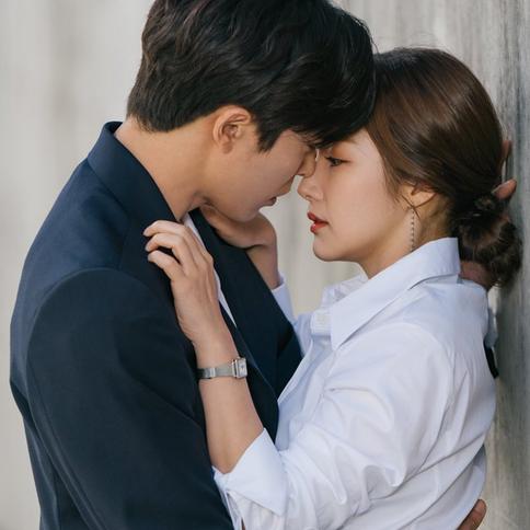 朴敏英、金材昱在劇中「假約會」,現實中卻「真約會」!《她的私生活》花絮曝光兩人甜蜜互動,也太自然了吧!