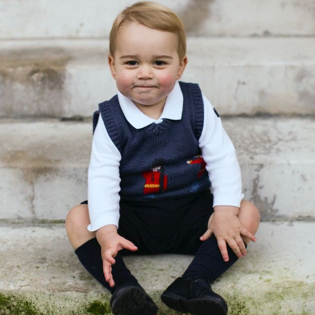 英國小王子喬治從出生「奧嘟嘟」到現在大笑露門牙!60張照片回顧他的「超萌表情包」