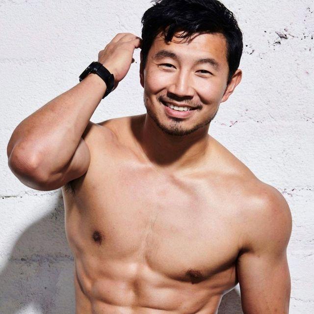 【明星幕後】《尚氣》男主角劉思慕是學霸卻曾被開除?10個祕密帶你認識漫威第一位華人英雄