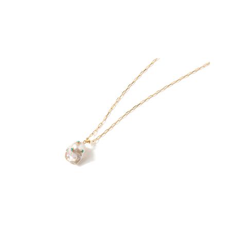 1febad731040 Los pendientes y collares con perlas triunfan en 2019 - La tendencia ...