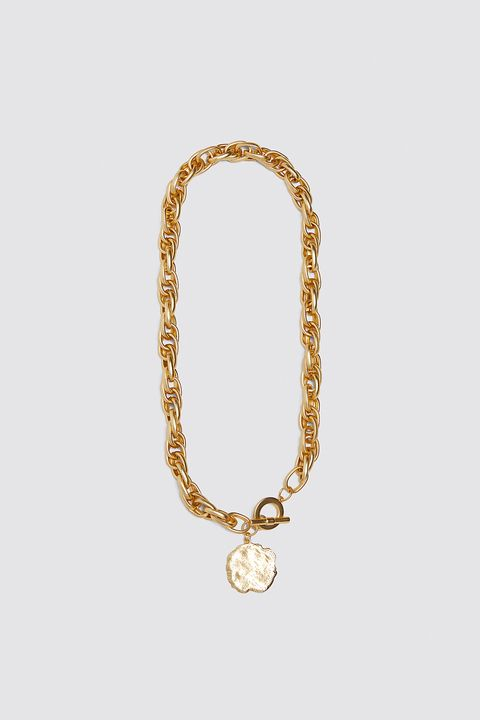 Jewellery, Fashion accessory, Body jewelry, Necklace, Chain, Gold, Circle, Metal,