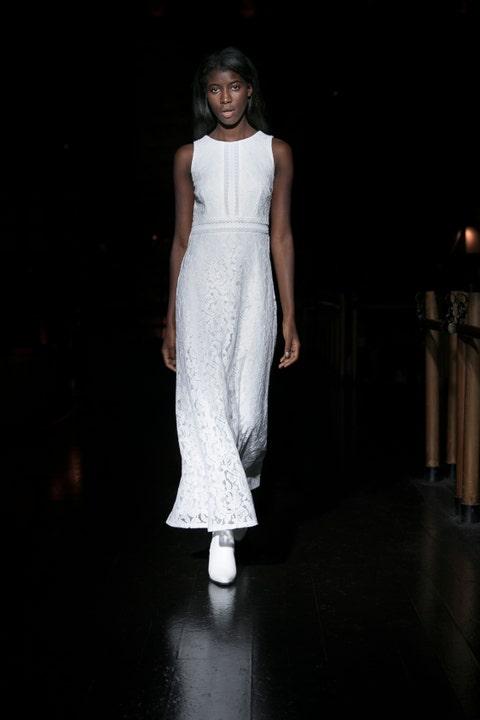 White, Fashion model, Clothing, Fashion, Dress, Fashion design, Runway, Beauty, Fashion show, Shoulder,