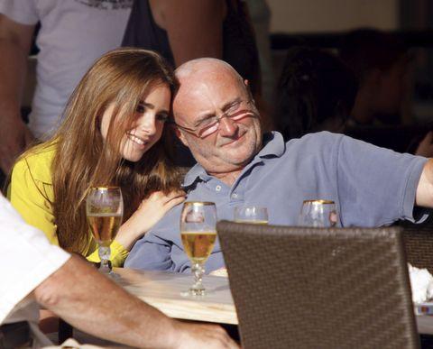 Phil y Lily Collins
