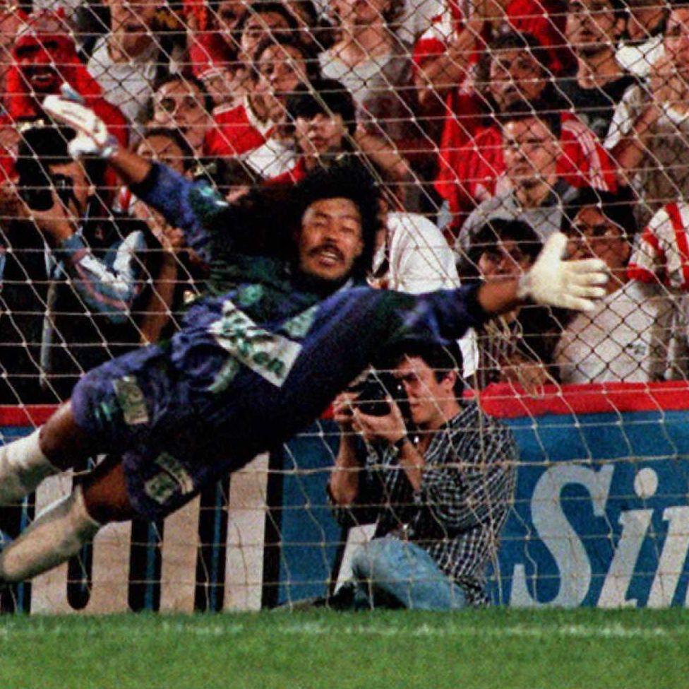 The Goalie Who Faced Pablo Escobar's Empire