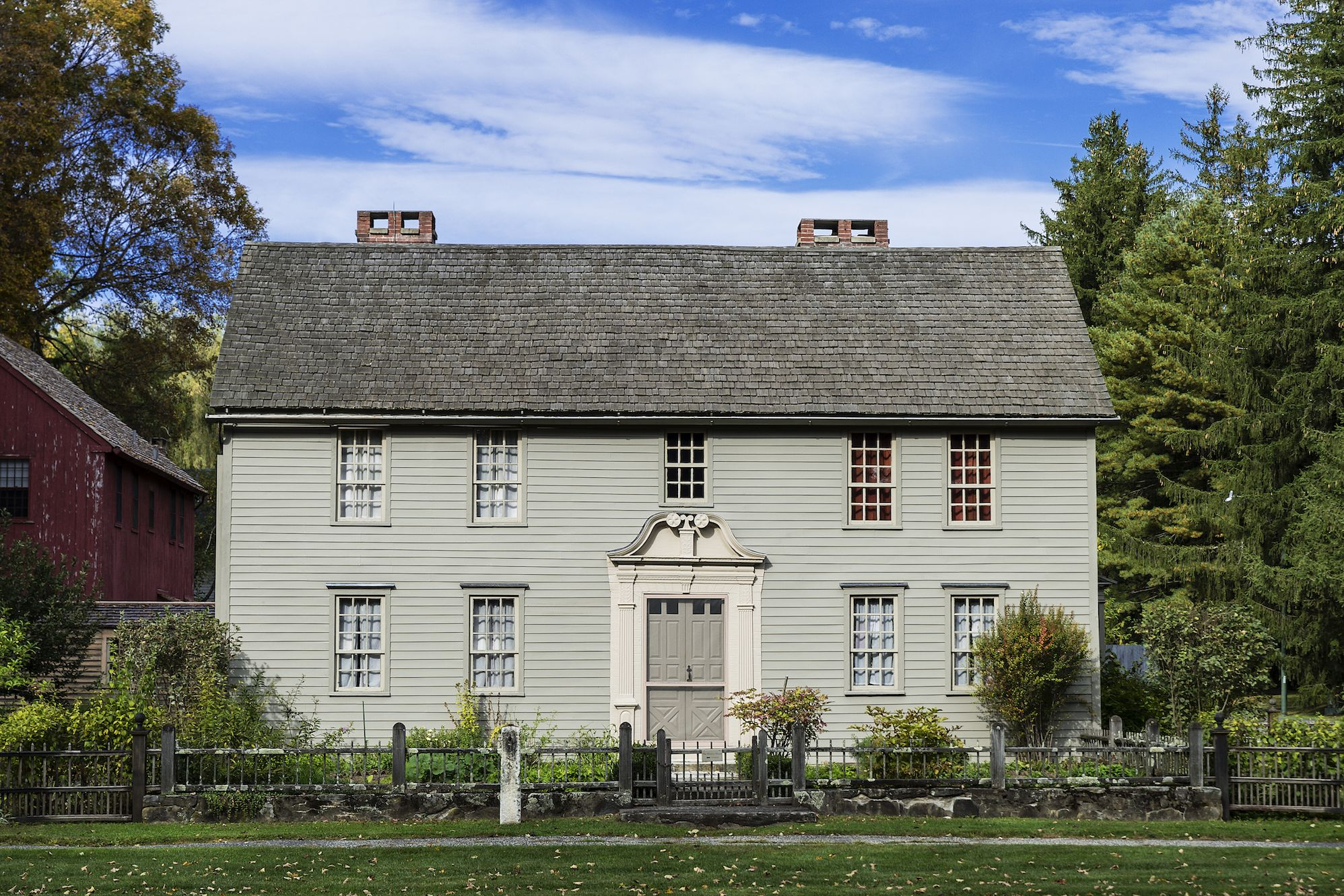 american colonial house