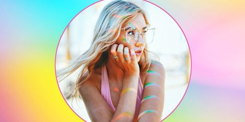 colore-capelli-inverno-2019-arcobaleno-olografico