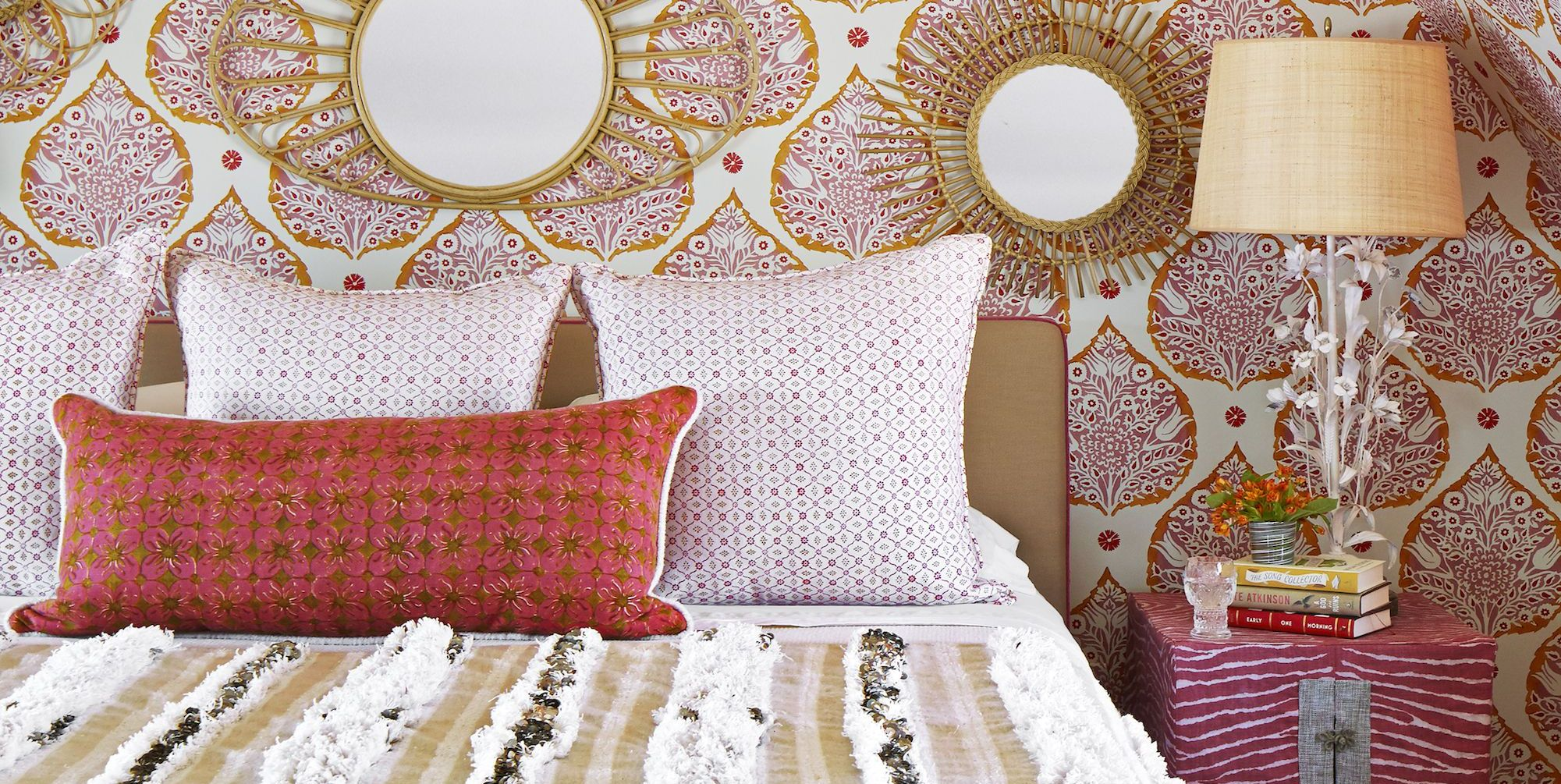 25+ Colorful Bedrooms That'll Make You Wake Up Happier