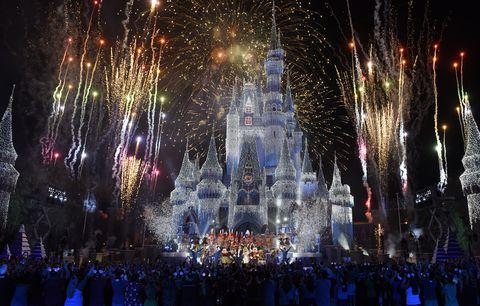 2017's The Wonderful World of Disney: Magical Holiday Celebration