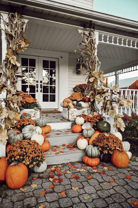 colorful farmhouse steps outdoor pumpkin decorations