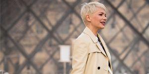 Colori capelli Primavera 2019: il biondo platino è colore tendenza capelli Estate 2019