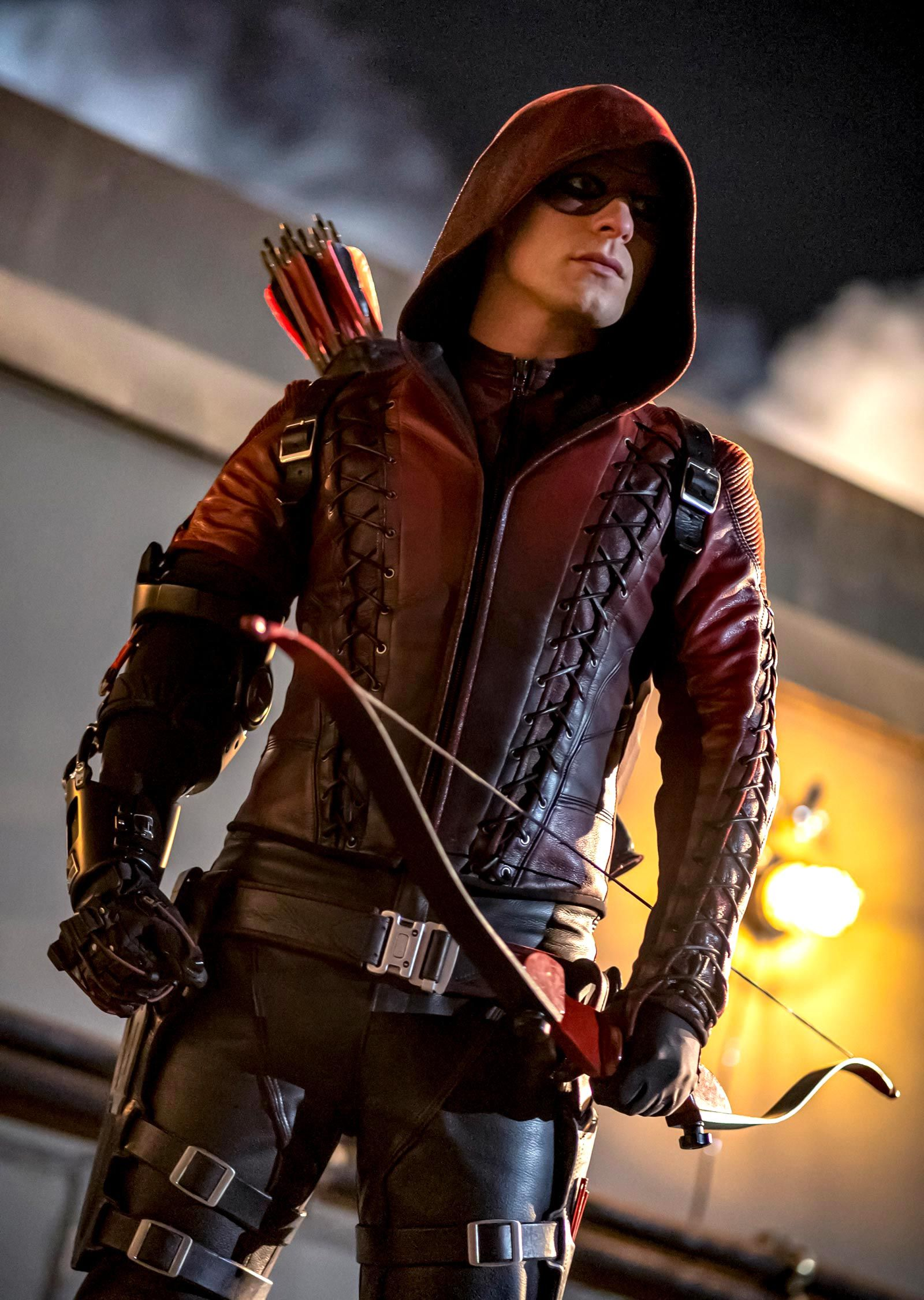 Arrow series finale photos reveal a first look at the return of a fan-favourite character