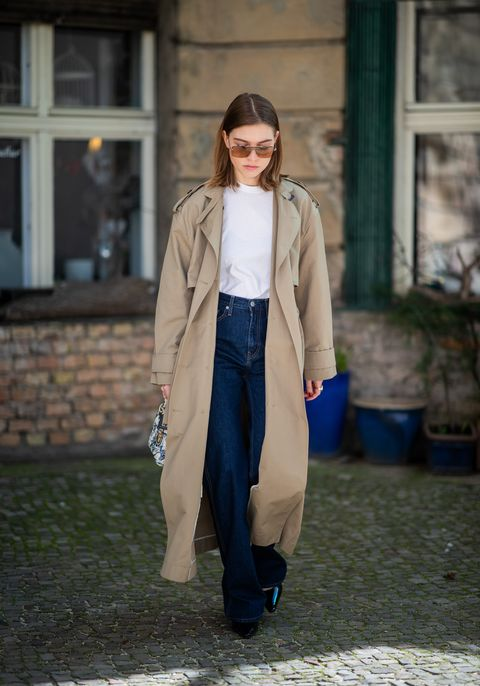 Clothing, Street fashion, Coat, Outerwear, Fashion, Trench coat, Jeans, Snapshot, Beige, Denim,