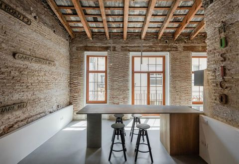 Property, Building, Room, Interior design, Wall, Ceiling, Architecture, House, Furniture, Brick,