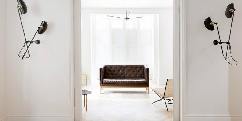 Come arredare un soggiorno moderno o classico con stile for Arredare un soggiorno classico