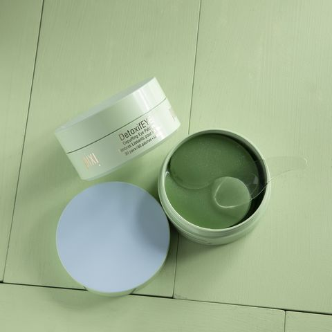 Green, Dishware, Circle, Bowl, Cup, Tableware, Cup, Plate, Plastic, Porcelain,
