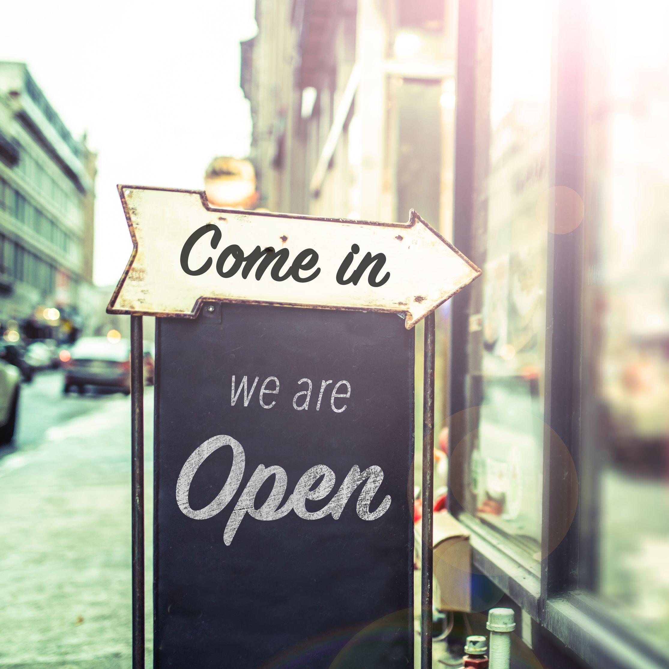 Restaurants Open On New Years Panera Starbucks More New Years