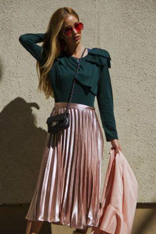 wholesale dealer 0a860 2bfac Gonna plissèe abbinamento outfit: lunga, corta, pelle o ...