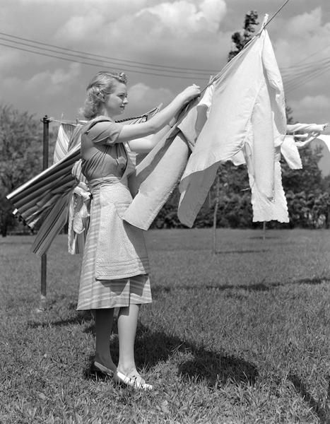 Come lavare i capi bianchi senza candeggina