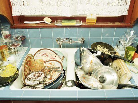 Come perdere peso velocemente? Riordinando la cucina