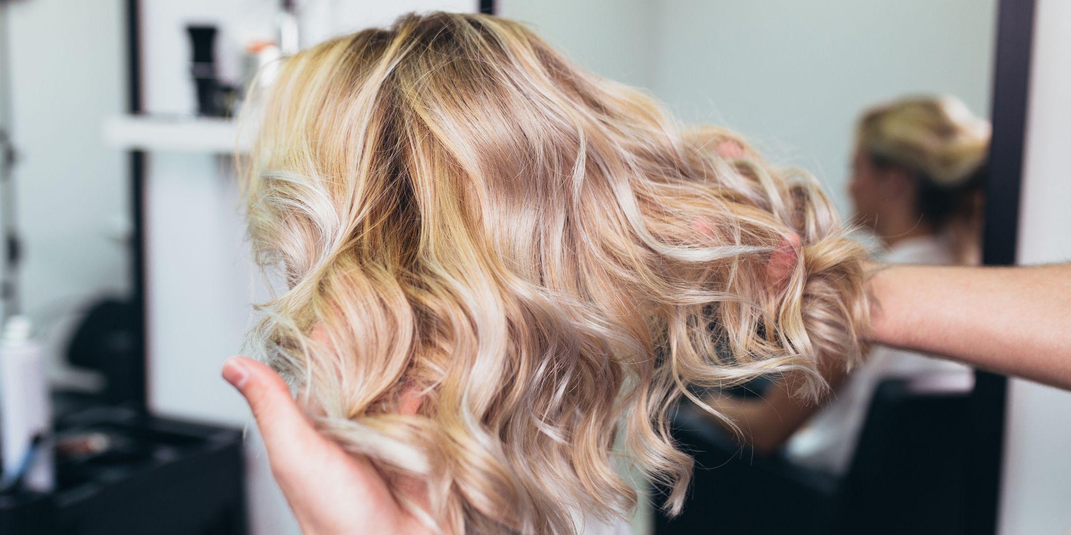 Come schiarire i capelli gia tinti di biondo