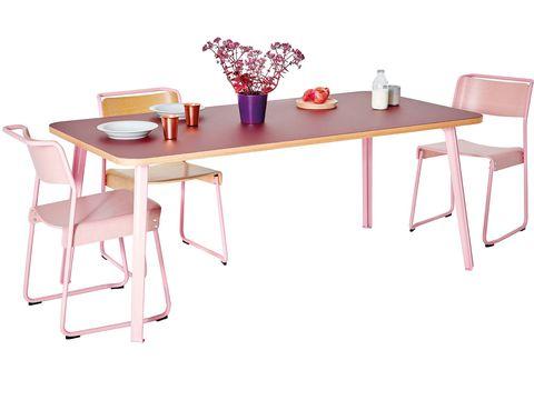 Mesa de comedor y sillas en rosa colección Canteen