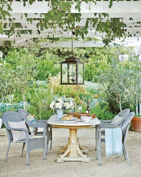 Salones y comedores en el jardín, terraza o porche