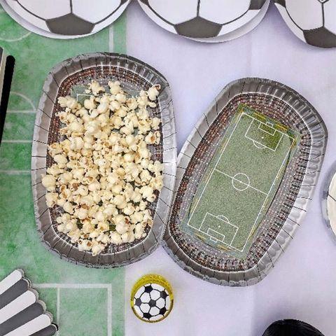 bandejas de fútbol con palomitas