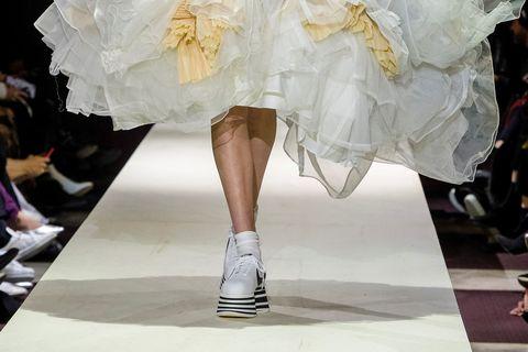 很怕買不到!COMME des GARÇONS x Nike聯名推出厚底球鞋 Cortez