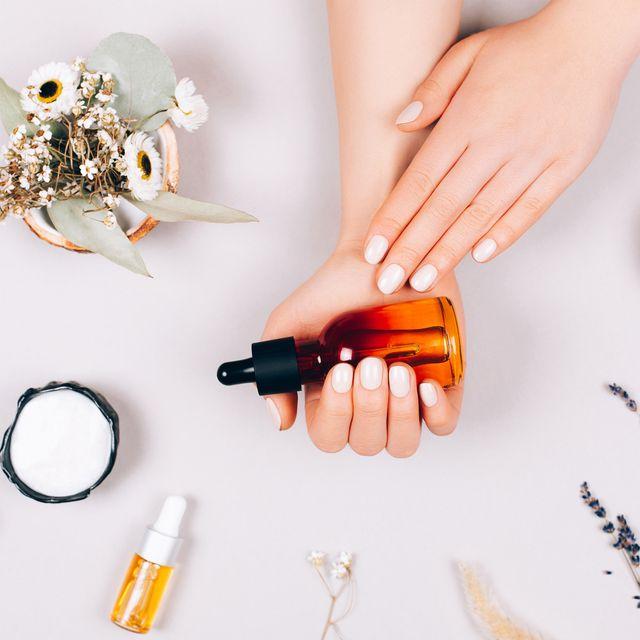 cómo hacerse la manicura en casa con los consejos de una experta