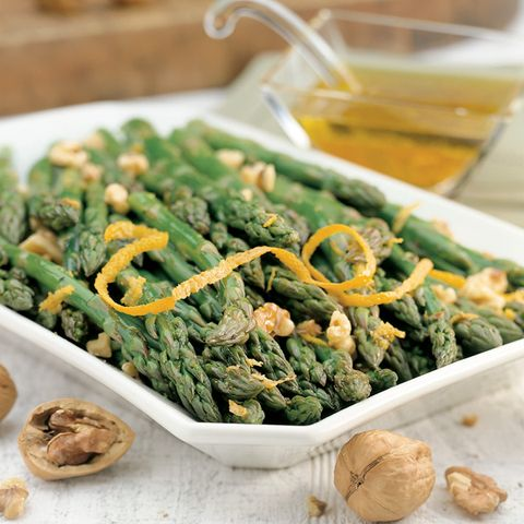 Asparagus With Orange-Walnut Vinaigrette