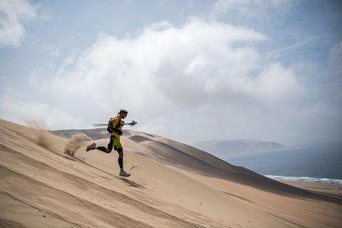 TOPSHOT-MARATHON-PERU-SABLES-DESERT
