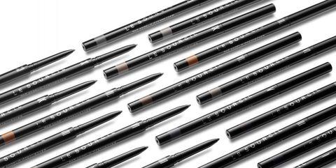 Automotive exterior, Grille, Line, Parallel, Metal, Grey, Steel, Black-and-white, Monochrome, Aluminium,