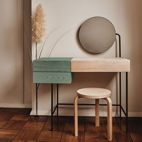 Wood, Floor, Flooring, Hardwood, Wood flooring, Still life photography, Wood stain, Laminate flooring, Dishware, Plywood,