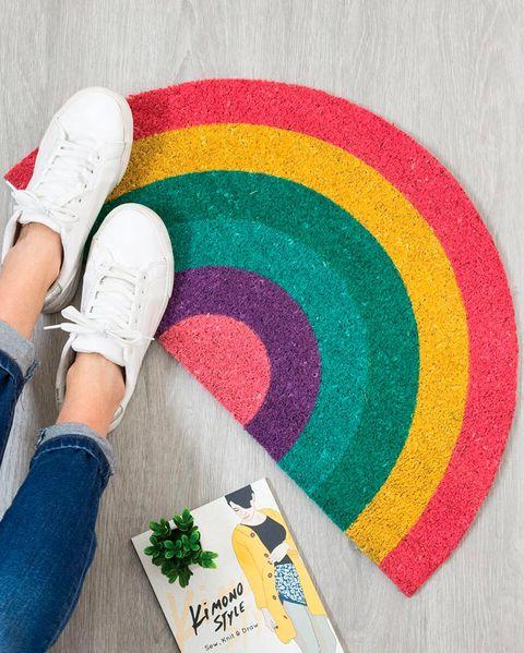 felpudo arcoíris de fibra de coco, de el corte inglés