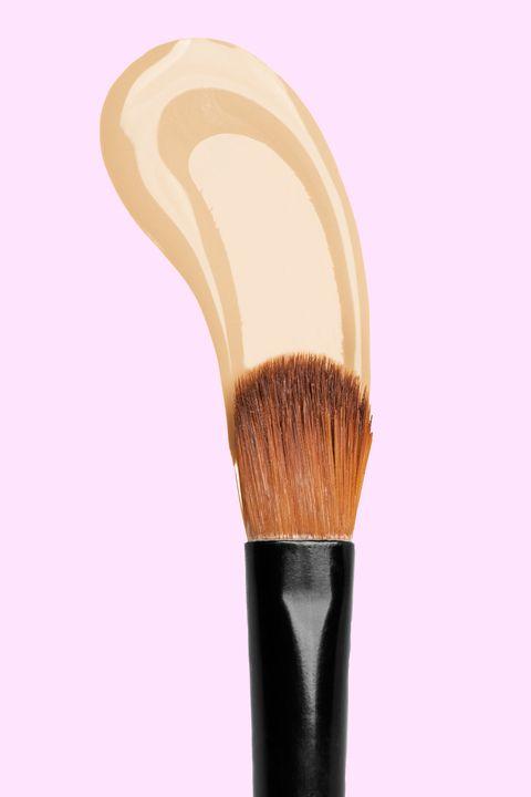 Natural makeup tips - concealer application