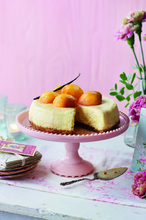 Condensed Milk Cheesecake with Aromatic Poached Peaches